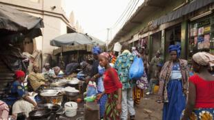 Sur le marché de Bamako, au Mali.