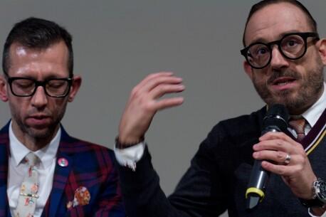 João Pedro Rodrigues, cineasta português (à esquerda) no Festival de cinema de Berlim.