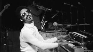 Stevie Wonder au Madison Square Garden, à New York, le 25 mars 1974.