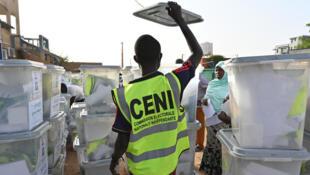 Avant même leur publication, les résultats de la présidentielle au Niger étaient déjà contestés par l'opposition.