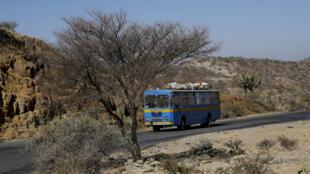 Le calme est revenu après les combats qui ont opposé l'Erythrée et l'Ethiopie le week-end dernier. Photo: la route principale près d'Akordat, à l'ouest d'Asmara, la capitale érythréenne.