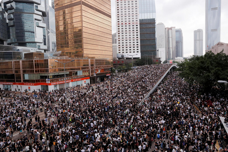 Manifestation contre le projet de loi sur l'extradition, à Hong Kong, le 12 juin 2019.