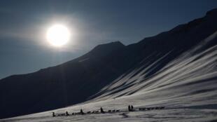 Un rapport officiel norvégien prévoit, en effet, une hausse des températures de 7 à 10 degrés d'ici à la fin du siècle dans cet archipel.