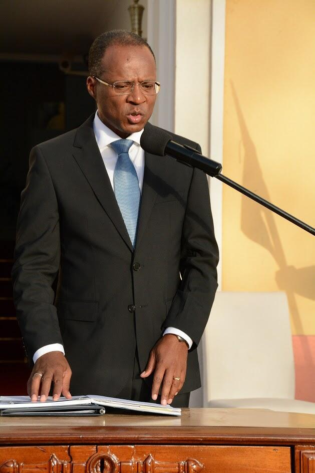 Ulisses Correia e Silva, novo primeiro ministro de Cabo Verde preocupado com a dívida pública do país.