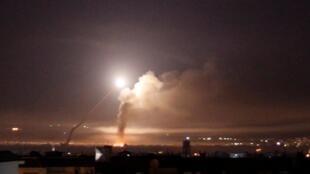 Tirs de missiles israéliens sur Damas dans la nuit du 9 au 10 mai 2018, la «plus vaste attaque israélienne depuis 1974» selon Damas.