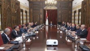 Le président libanais Michel Aoun (C) a réuni mardi 27 août le Conseil supérieur de la Défense au palais de Beiteddine.