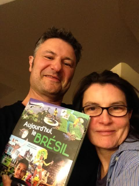 """Adriana Brandão e Patrick Straumann, autores do livro """"Aujourd'hui le Brésil"""", à venda em Paris a partir desta quarta-feira, 30 de abril de 2014."""