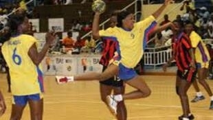 Equipa feminina de andebol do Petro de Luanda