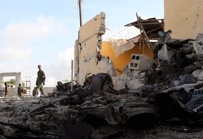 Une base des services de renseignements somaliens à Mogadiscio a été la cible d'une attaque perpétrée par les shebabs, le dimanche 21 juin 2015.