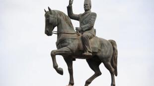 Statue équestre de Bourguiba