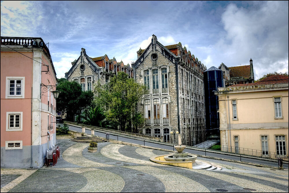 Ruas da cidade portuguesa de Caldas da Rainha, onde o brasileiro Luciano Correia da Silva foi morto no último domingo.