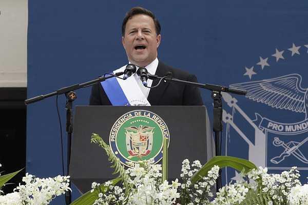 El presidente electo de Panamá, Juan Carlos Varela, durante su asunción, el 1 de julio de 2014 en Ciudad de Panamá.