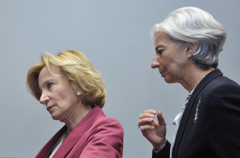 Министр экономики Испании Елена Сальгадо и министр финансов Франции Кристин Лагард. Люксембург, 8 июня 2010