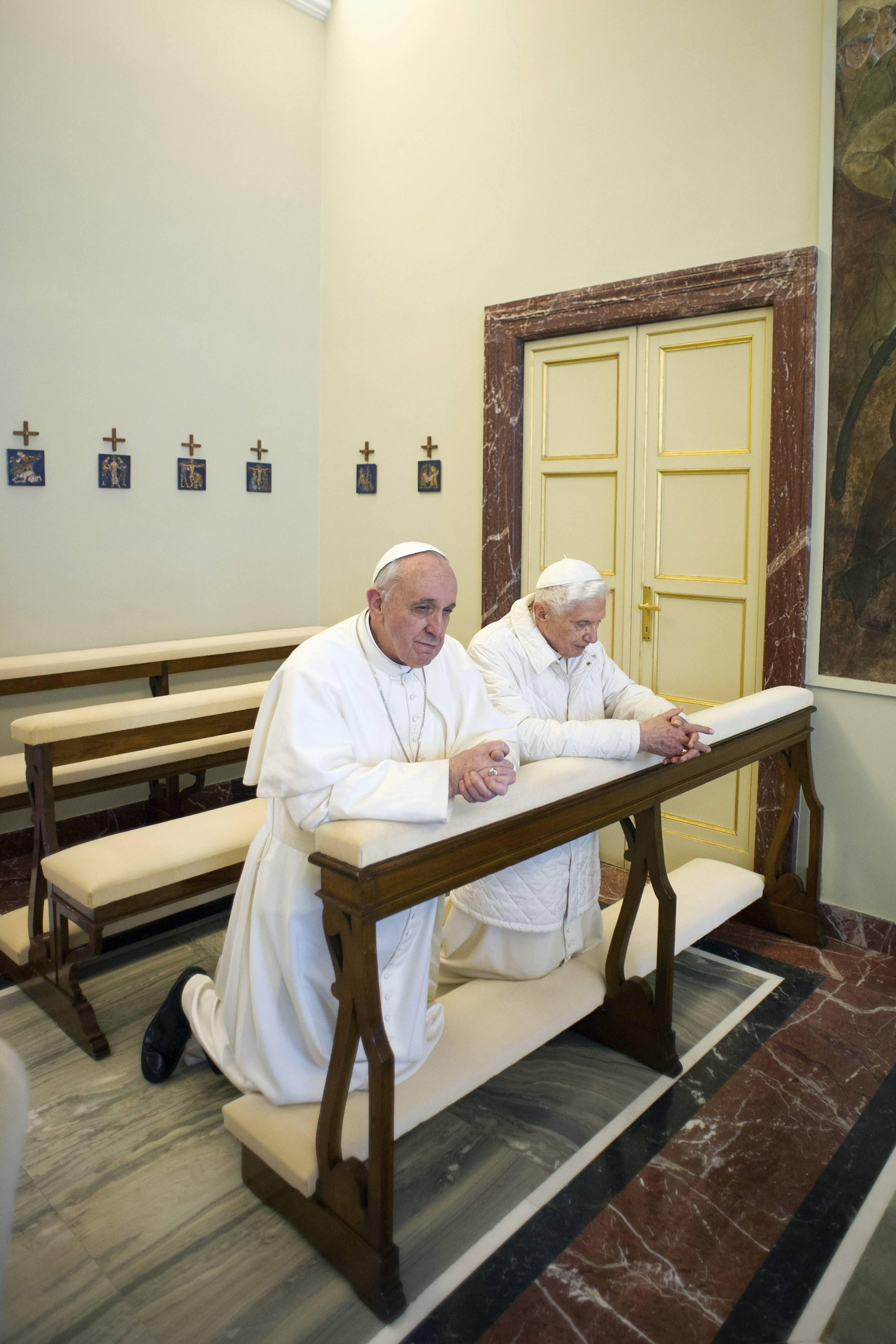 Hai Đức Giáo Hoàng. Ảnh ngày 23/03/2013