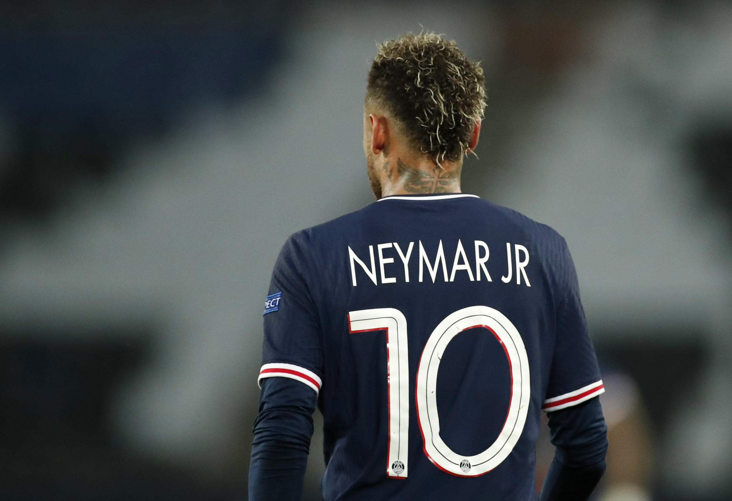 2021-04-28T194656Z_524045258_UP1EH4S1IY6FI_RTRMADP_3_SOCCER-CHAMPIONS-PSG-MCI-REPORT