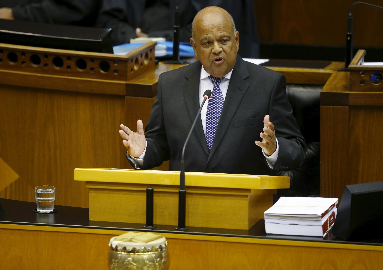 «Nous devons être durs avec nous-mêmes» a lancé le ministre des Finances sud-africain aux parlementaires, en présentant le budget 2016.
