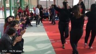 """胡錫進公布的新疆""""再教育中心""""視頻截圖"""