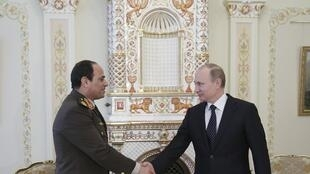 Abdel Fattah al-Sissi (kushoto) ni mmoja washirika muhimu wa Vladimir Putin barani Afrika (picha kumbukumbu).