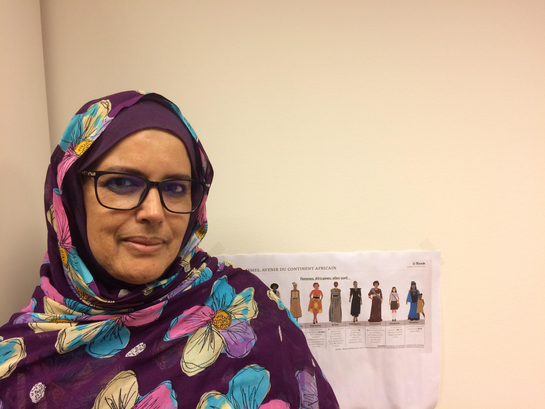 Ghalia Djimi, militante des droits de l'homme sahraoui, victime de disparition forcée et de tortures dans les années 80, veut une résolution pacifique du conflit au Sahara occidental.