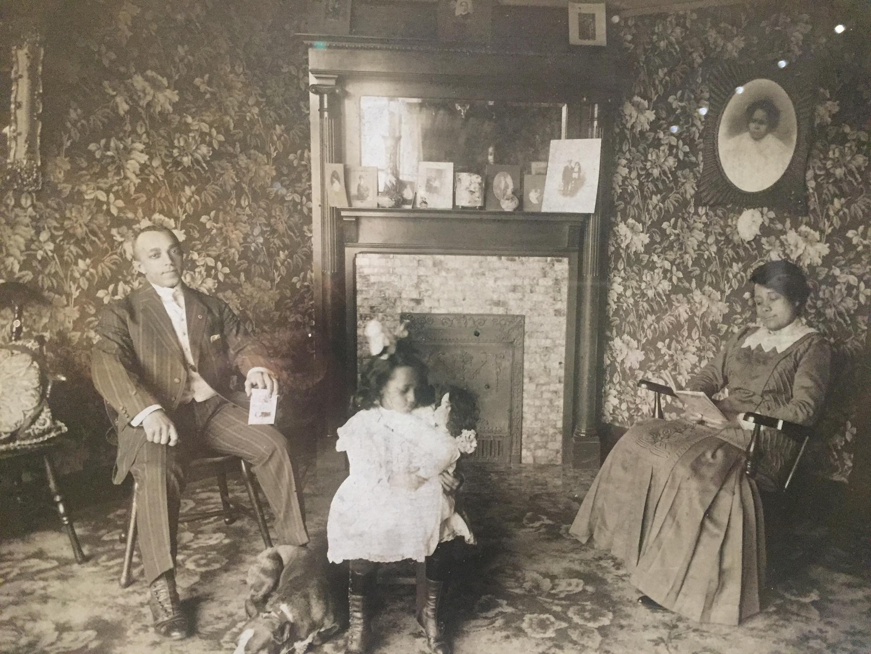 Foto de J.C. Patton, sem título, Indianápolis, Indiana, cerca de 1915.