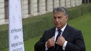 Le Premier ministre hongrois Viktor Orban, le 4 septembre 2015, à Prague lors d'un sommet du Groupe Višegrad.