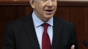 O primeiro-ministro israelense, Benjamin Netanyahu, chega nesta segunda-feira, 30 de setembro de 2013, aos Estados Unidos para alertar os ocidentais contra o Irã.