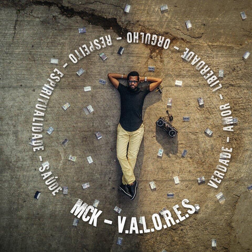 "Rapper angolano MCK lança ""Valores"""