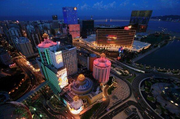 Cuộc trưng cầu dân ý ở Hồng Kông, với hơn 800.000 người tham gia, đã khuyến khích các nhà dân chủ Macau noi theo - Reuters / Dennis Ho