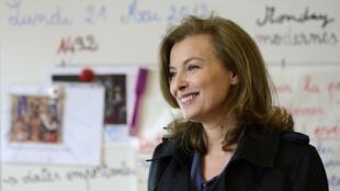 Валери Триервейлер на встрече с учениками французской школы в Чикаго 21/05/2012