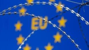 На данный момент семь стран Евросоюза восстановили пограничный контроль.