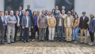 Algunos integrantes de la Delegación del Gobierno, Delegación del ELN y países Garantes (foto tuiteada por el ELN).