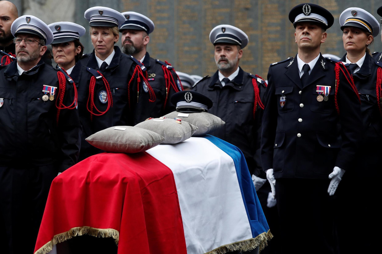 Ceremonia de homenaje a las víctimas del atacante de la prefectura de París, el 8/10/2019