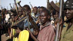 Wasu mayakan sa kai daga kabilar Nuer a kasar Sudan ta Kudu, da ke jihar Upper Nile.