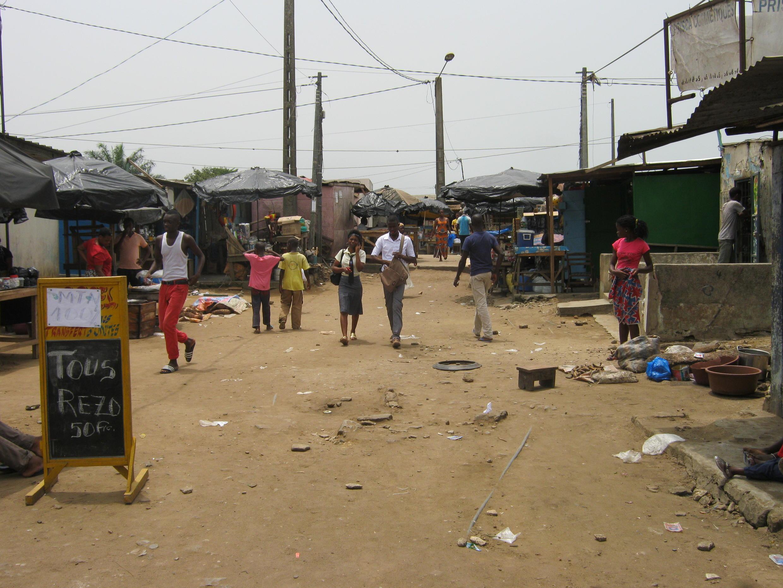 Quartier de la commune d'Abobo, où se produisent fréquemment des agressions par des jeunes dits microbes.