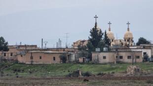 Une vue du village assyrien d'Abou Tina, récemment pris par les terroristes de l'EI.