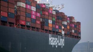 Un porte-conteneur de la compagnie Hapag-Lloyd en 2019 (Image d'illustration).