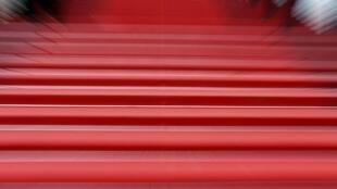 许多影星向往到嘎纳走红毯