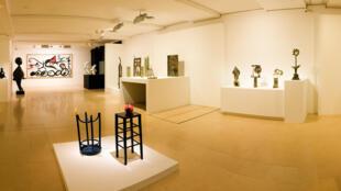 Les 85 tableaux du peintre catalan Joan Miró, achetés 36 millions d'euros pourraient valoir le double aux enchères.