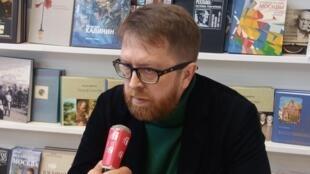 Писатель Андрей Геласимов на парижской книжной ярмарке 16 марта 2018