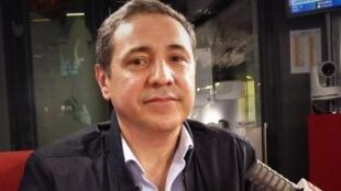 El historiador, geógrafo y filósofo mexicano René Ceceña Álvarez en RFI