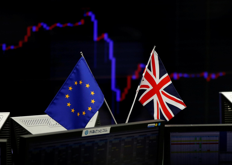 Com a vitória do Brexit, muitas empresas reagiram dizendo que vão fechar postos de trabalho no Reino Unido.