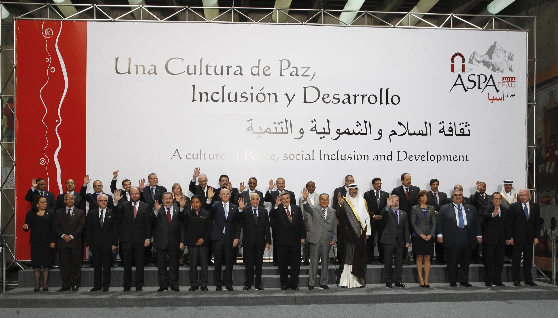 Los dirigentes de los países miembros del ASPA, ayer 1° de octubre en Lima.