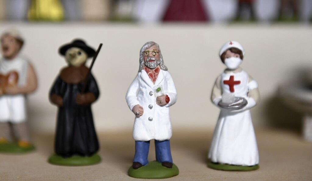 Didier Raoult figurine for Christmas nativity_Fabienne Pardi_2020_screen grab website Arts Direct