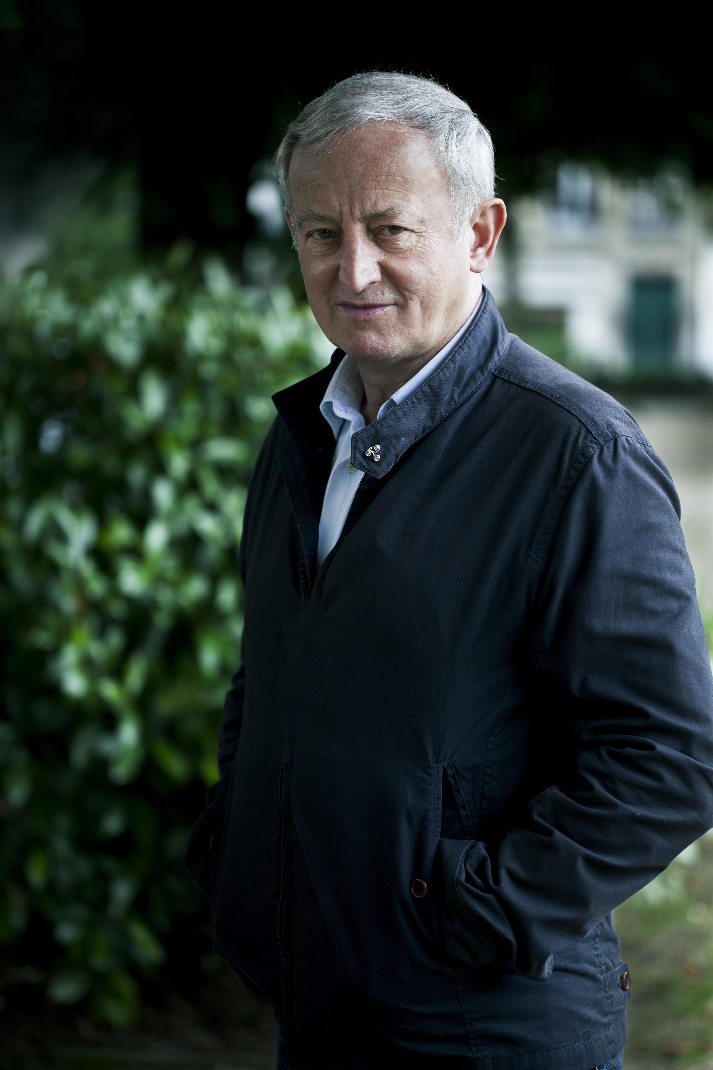 Portrait de l'écrivain Yann Queffélec.