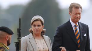 (Photo d'illustration) Le Grand-Duc et la Grande-Duchesse Henri et Maria-Teresa de Luxembourg, lors de la cérémonie d'anniversaire de la bataille de Waterloo, le 18 juin 2015.