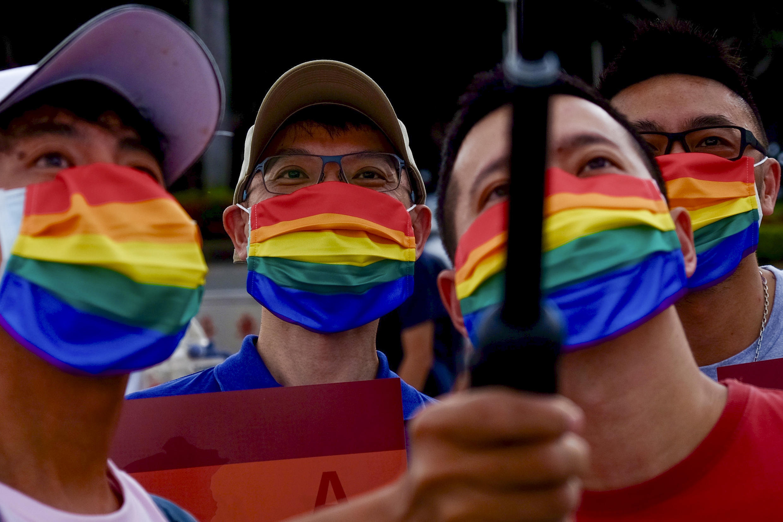 Taiwan sediou uma das poucas marchas de orgulho em todo o mundo neste domingo (28), quando a comunidade LGTBQ+ da ilha e seus apoiadores saíram às ruas