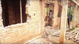 Capture d'écran d'un extrait du documentaire «—Mbobero, la raison du plus fort est toujours la meilleure—», consacré à la situation du village de Mbobero.