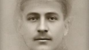 30000 visages tirés de photographies d'époque ont été nécessaires pour alimenter un logiciel de reconnaissance faciale. Des hommes et des femmes, et parmi eux des soldats français, américains ou russes.