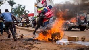 ouganda kampala manifestation bobi wine