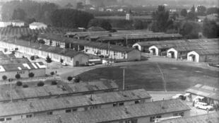 Trại tị nạn Sainte- Livrade ở Lot-et-Garonne.